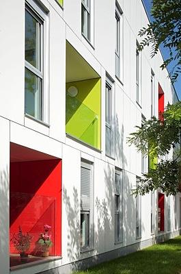 FunderMax Coloured balconies 3 resized 600