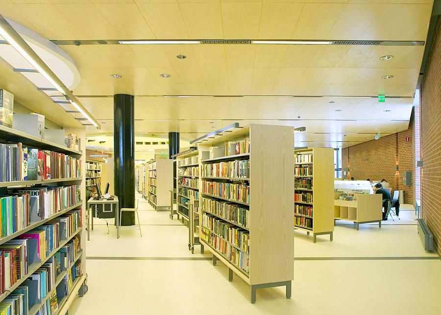 Lohjan kirjasto 049
