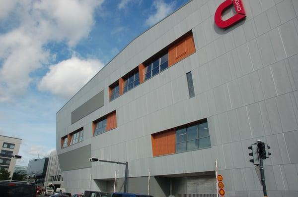 Matinkylän metrokeskus Fundermax KH  (6).jpg