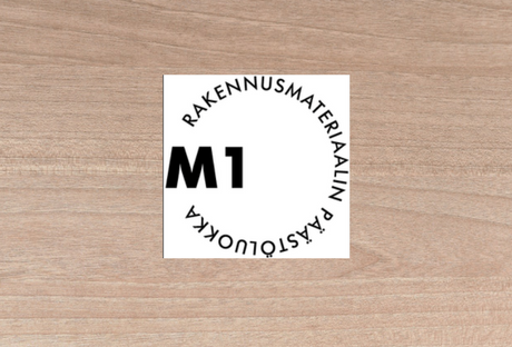 Rakennusmateriaalin päästöluokka M1 merkintä Puucompin käyttämissä kuitukipsilevyissä.